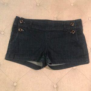 Button jean shorts